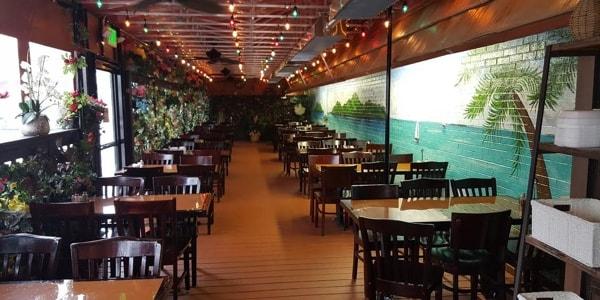 Baraboo Restaurant Patio Dining Area